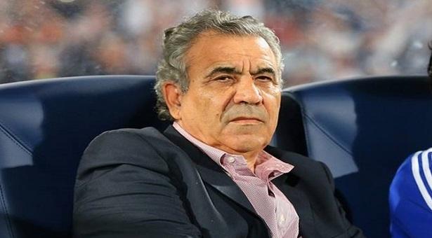 فوزي البنزرتي يقترب من تدريب الأهلي المصري