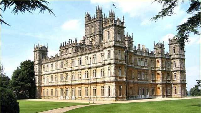 كلوني و خطيبته يقرران إقامة حفل الزفاف في قصر تاريخي بلندن