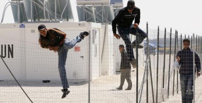 مفهوم الهجرة غير الشرعية وأسبابها في منطقة المغرب العربي