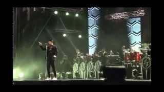 بالفيديو:جاستن تمبرليك يغني بمهرجان