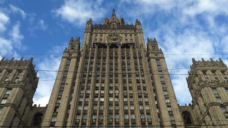روسيا تتهم أمريكا بافتعال ذرائع لفرض عقوبة عليها