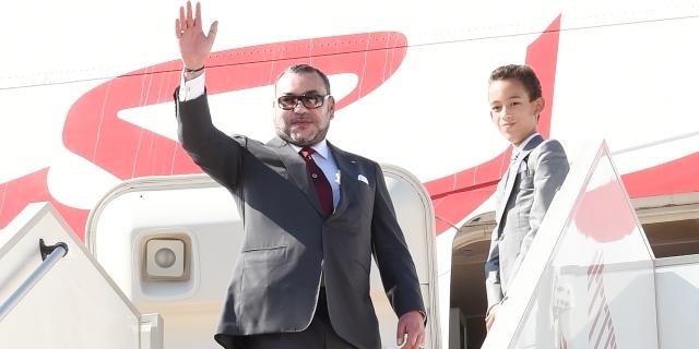 بعد زيارة تاريخية..العاهل المغربي يغادر تونس
