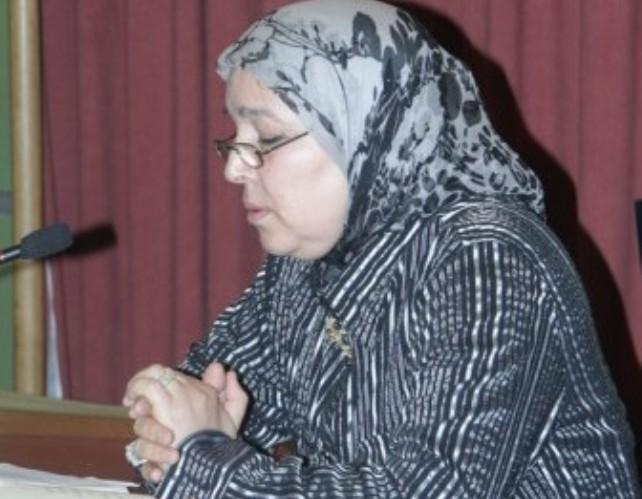 تكريم الشاعرة أمينة المريني في ملتقى فاس العربي لإبداع الشباب