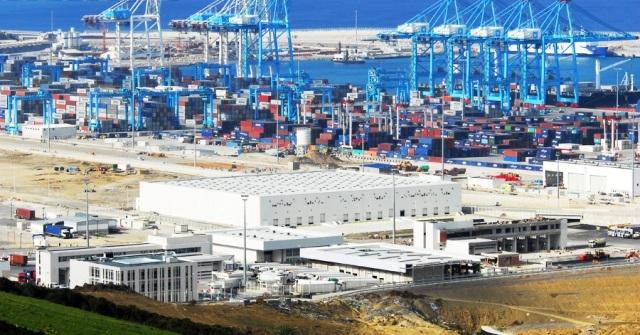 دخول شحنة مثلجات فاسدة عبر ميناء طنجة