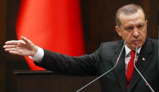 احتجاجات بمدن تركية على إنزال العلم جنوب شرق البلاد