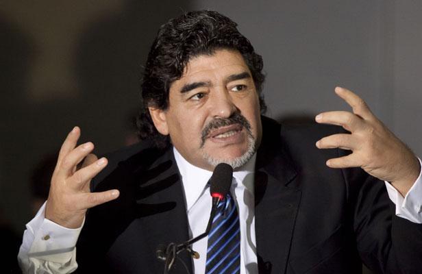 مارادونا: لم يسطع نجم نيمار بعد في المونديال