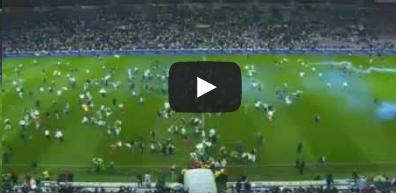 الجزائريون يقتحمون ملعب جنيف