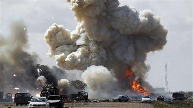ليبيا: سلاح الجو يقصف مواقع للإسلاميين في بنغازي ودرنة