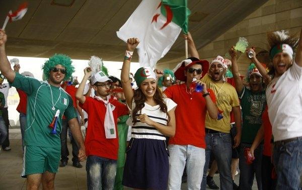 أمل بوشوشة سعيدة بالمنتخب الجزائري وأعمالها الدرامية