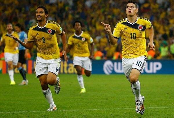ثنائية رودريجيز تقود كولومبيا إلى الربع