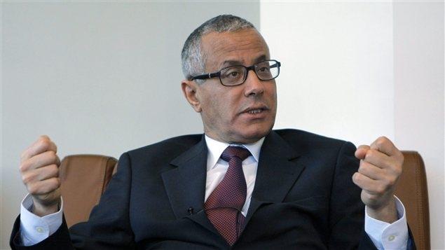 علي زيدان يعود إلى ليبيا طمعا في استعادة منصبه كرئيس للحكومة