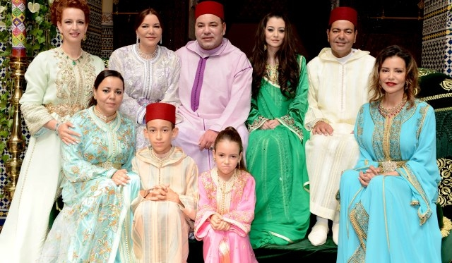 العاهل المغربي يترأس حفل عقد قران شقيقه  الأمير مولاي رشيد