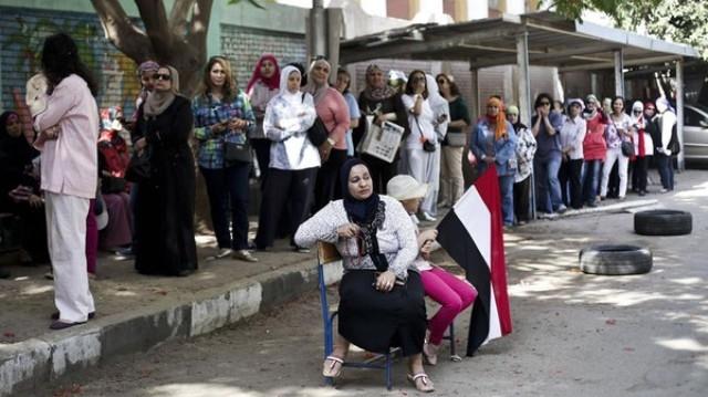 مصر تطرد وفدا أوروبيا انتقد نتائج الانتخابات