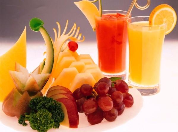 أفضل عصائر الفاكهة لمقاومة حر الصيف