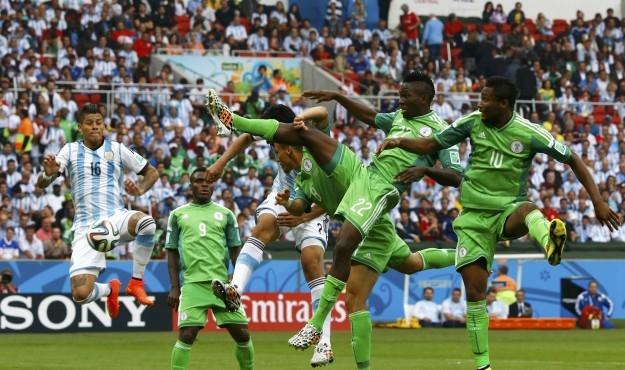 لاعبو نيجيريا يقاطعون التداريب لأجل المال