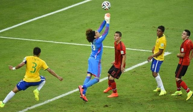 البرازيل تتعادل مع المكسيك في مباراة مثيرة