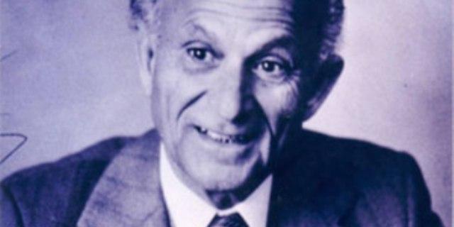 كتاب تذكاري عن الناقد الراحل د. عبد القادر القط
