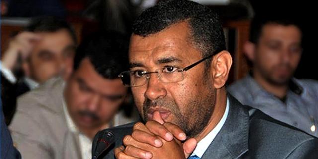 بوانو يتهم أحزابا مغربية بتمويل الحملات الانتخابية من مداخيل الكيف