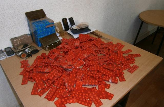 تفكيك عصابة ترويج الأقراص المهلوسة ببركان