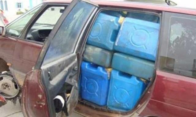 الحكومة المؤقتة منزعجة من تفاقم ظاهرة تهريب الوقود.