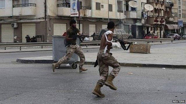 16 قتيلا في بنغازي خلال مواجهات مسلحة