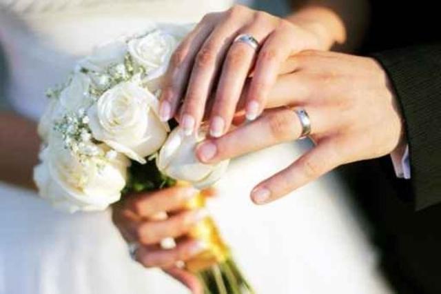 فرض ضريبة على الزواج في تونس يثير جدلا واسعا