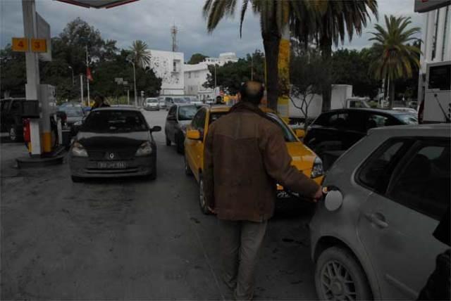 تونس: تفاصيل الزيادة في أسعار المحروقات