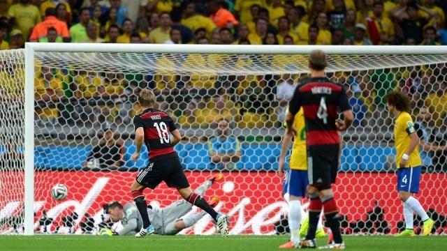 ألمانيا تكتسح البرازيل بسباعية تاريخية