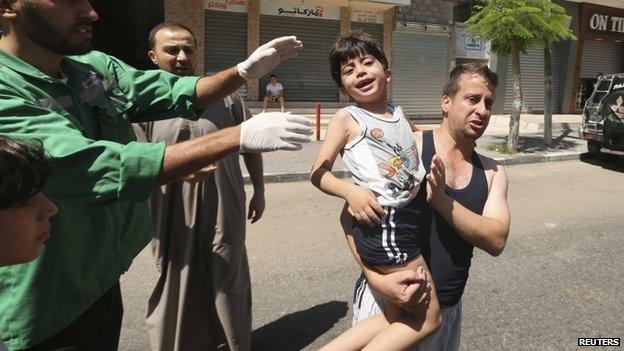 إسرائيل وكذبة الدروع البشرية