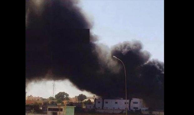 استهداف مبنى مديرية أمن بنغازي خلال مواجهات مسلحة