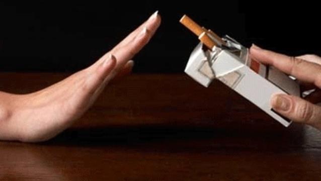 دراسة: التدخين يزيد من خطر الانتحار