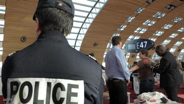 فرنسا تشدد الاجراءات الامنية على الرحلات الجوية