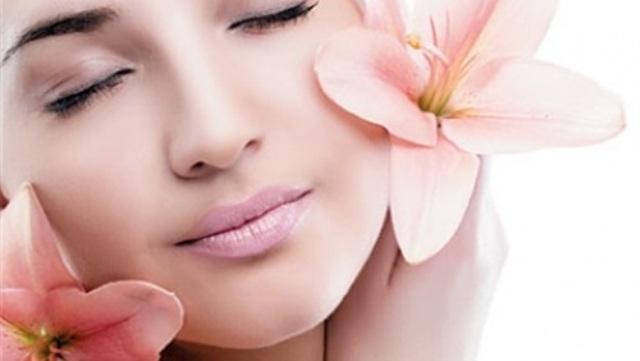 دراسة: رائحة جسم المرأة تفصح عن مشاعرها