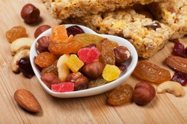 الفواكه المجففة عنوان رشاقتك في رمضان