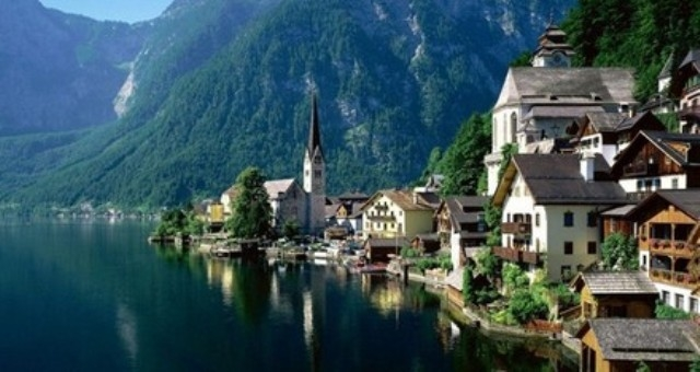 مطاعم فى الهواء الطلق بقلب غابات النمسا