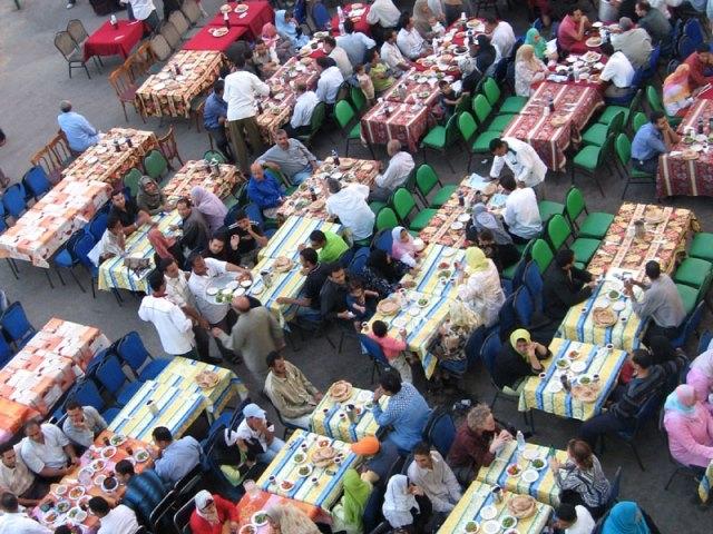 الجزائر:131 مطعما لإفطار الفئات المعوزة عبر 34 ولاية