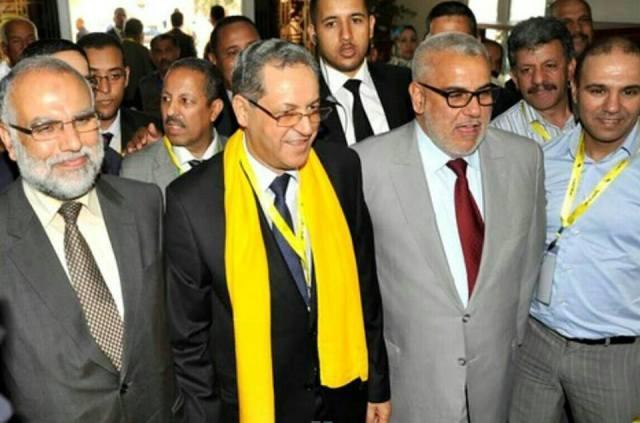 حزبان مشاركان في الحكومة المغربية يحرجان رئيسها عبد الإله بنكيران