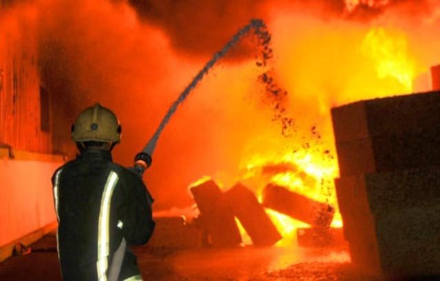 الجزائر: نشوب حريق في حظيرة للعتاد بأقبو (بجاية)
