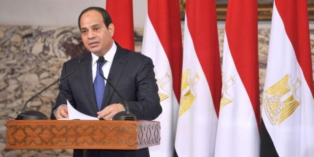 الملك محمد السادس  يعبر للفريق السيسي عن دعم المغرب الكامل لمصر