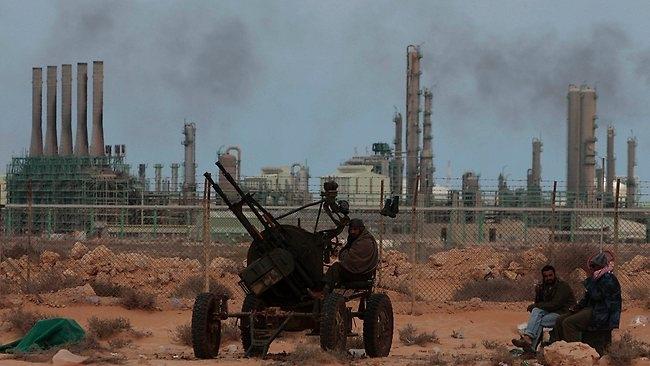 ليبيا مدعوة لحل مشكلاتها النفطية بسرعة