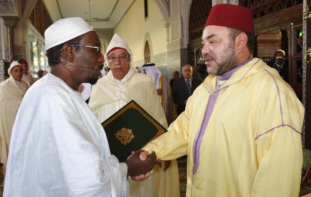 مستشار رئيس بوركينافاصو يحاضر أمام العاهل المغربي حول أهمية الحديث الشريف