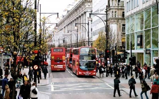 دراسة تؤكد أن شارع أوكسفورد الأكثر تلوثًا في العالم