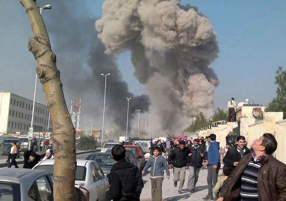 قصف للقسام والخليل تسمع دوي الانفجارات