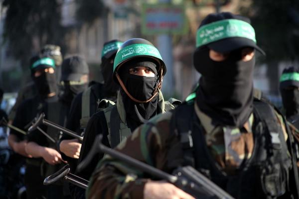 القسام يتسلل خلف العدو ويقتل 8 جنود صهاينة