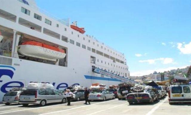 الجزائر: تحسين ظروف عودة المهاجرين إلى أرض الوطن