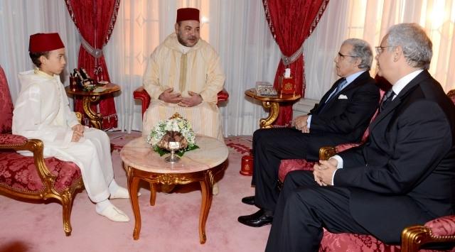 الملك محمد السادس يستقبل والي بنك المغرب ورئيس المجلس الاقتصادي بخصوص إعداد دراسة حول تطور القيمة الإجمالية للبلاد