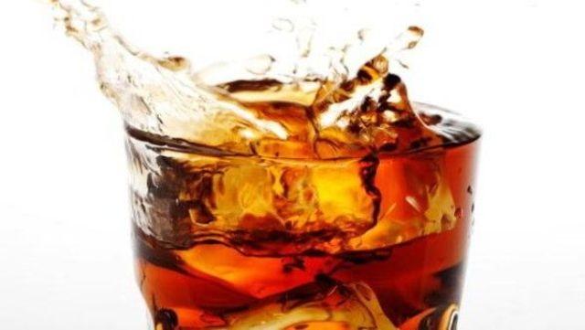 إحذروا تناول المشروبات الغازيه بعد الصيام