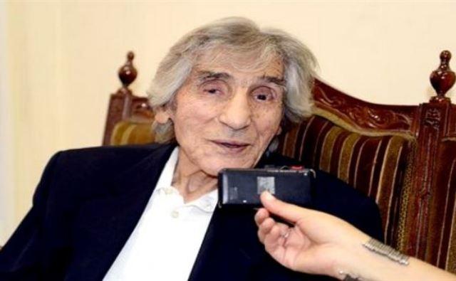 الجزائر: وفاة محمد مشاطي عضو المجموعة 22