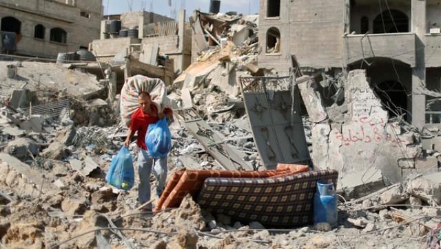 إسرائيل تقصف غزة بالمدفعية في ساعات الهدنة