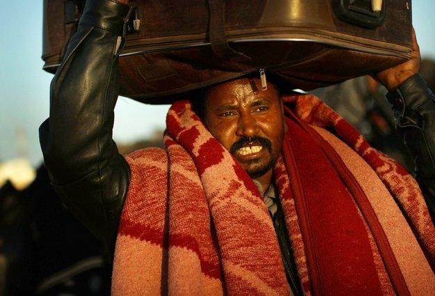 السودان تجلي دفعة أولى من مواطنيها بليبيا